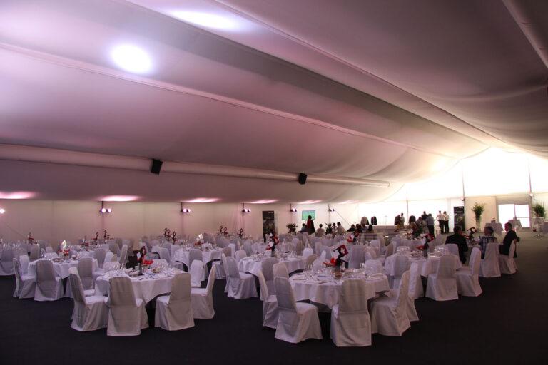 Catering im VIP Zelt